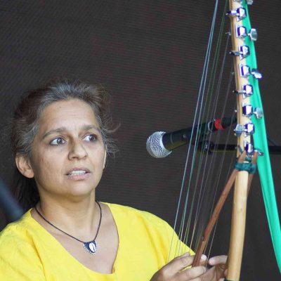 Sundari mit Ansoma